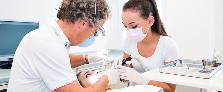 Vor-Ort Fotografie für Zahnmedizinische Praxis 01
